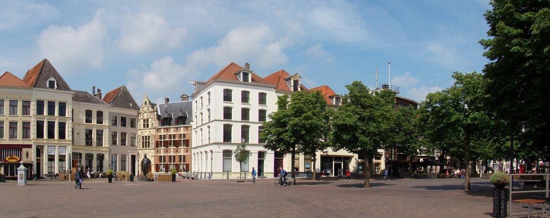 Bent u in Deventer? Dan bent u natuurlijk ook van harte welkom in de winkel van de VVV Deventer voor onze producten en advies